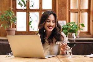 Cartão de crédito sem limite: como não se endividar