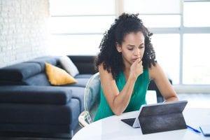 A relação entre ansiedade e gastos em excesso