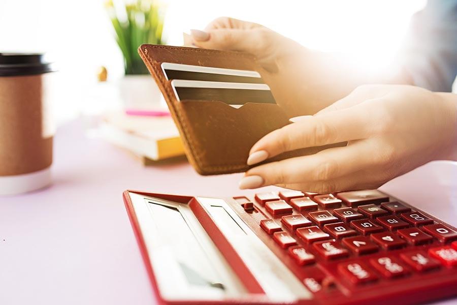 Taxa de interveniência: o que é e quando pagar