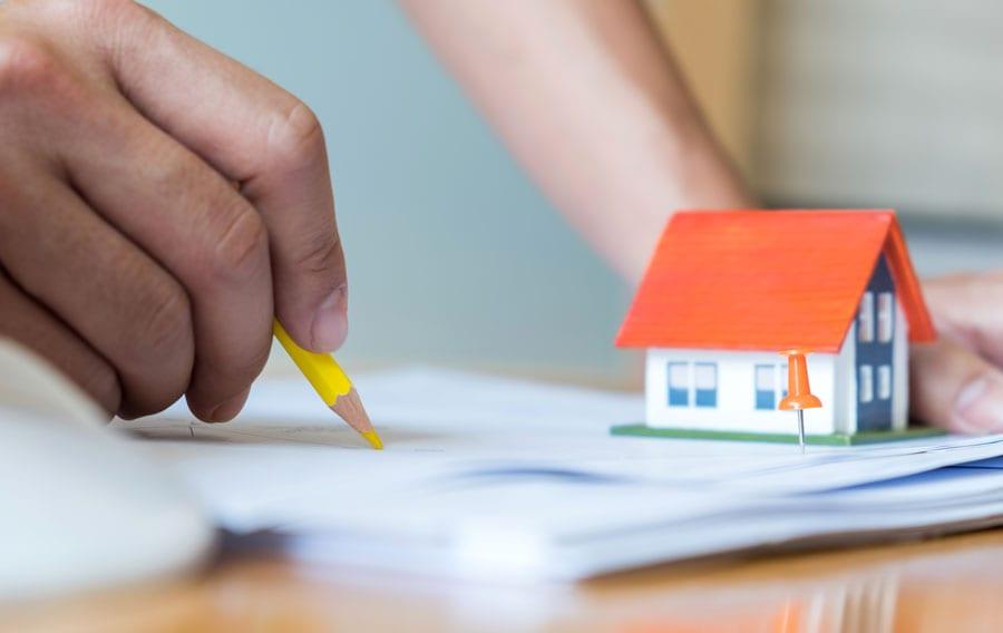 Como regularizar uma reforma na prefeitura: 6 passos para evitar multas