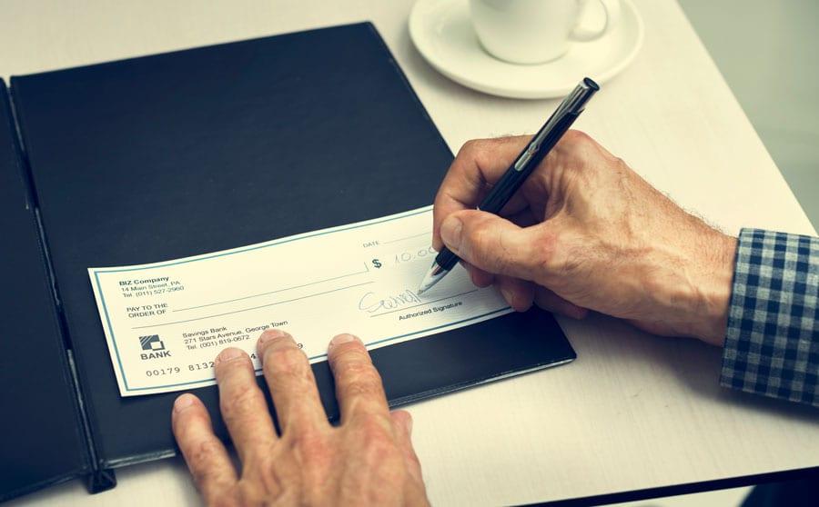 Como preencher cheque: passo a passo
