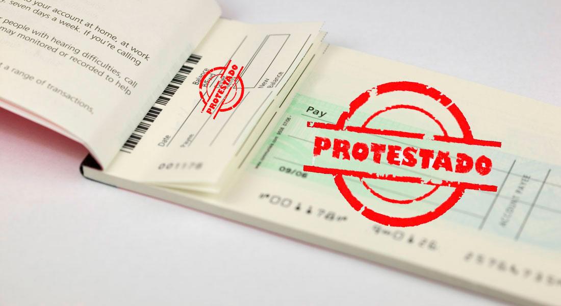 Cheque protestado: entenda como funciona e como regularizar