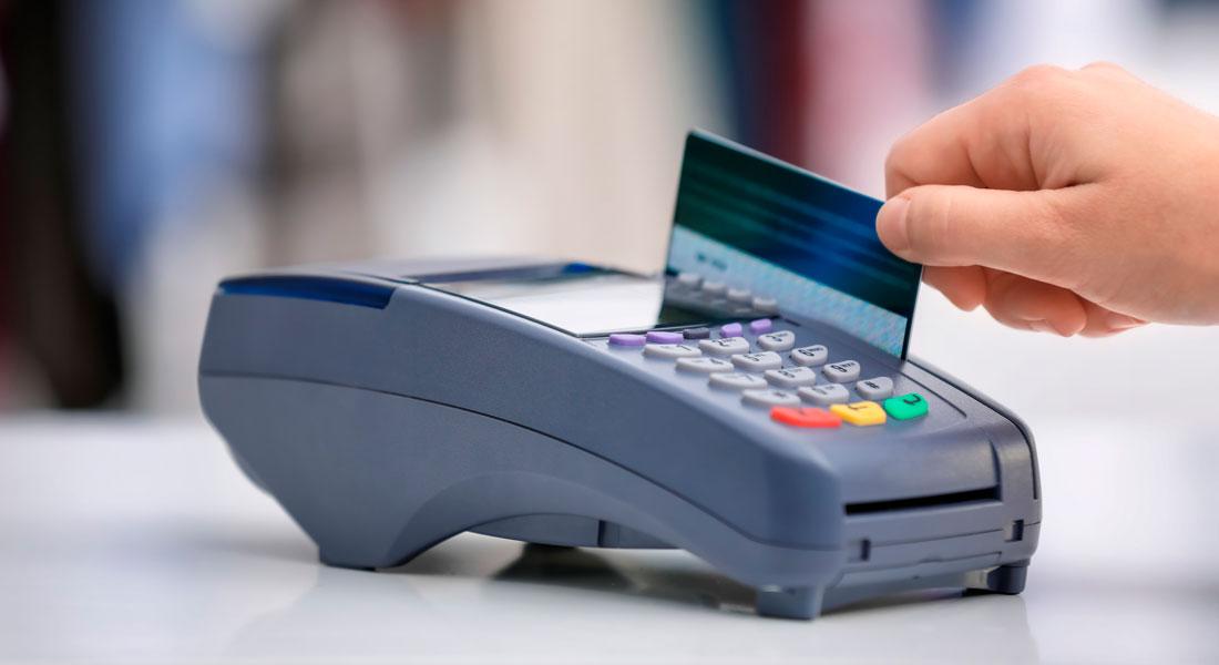 Débito ou crédito: qual a melhor opção de pagamento para cada gasto?