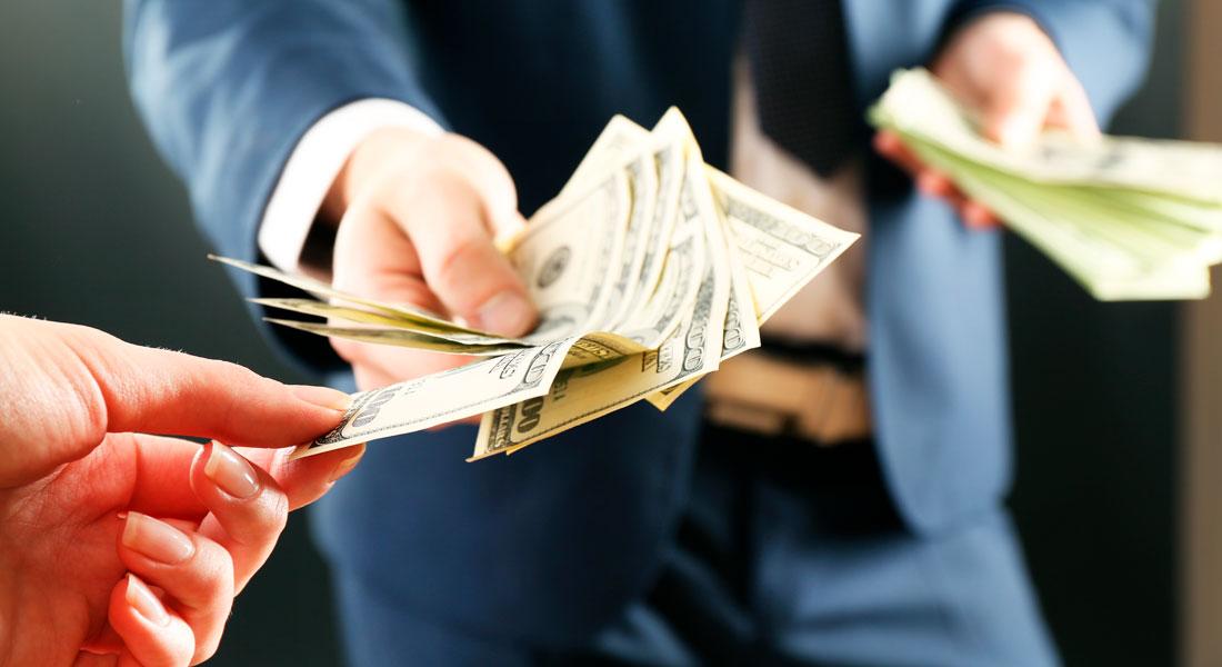 Quanto fica a parcela de um empréstimo de 300 mil reais?